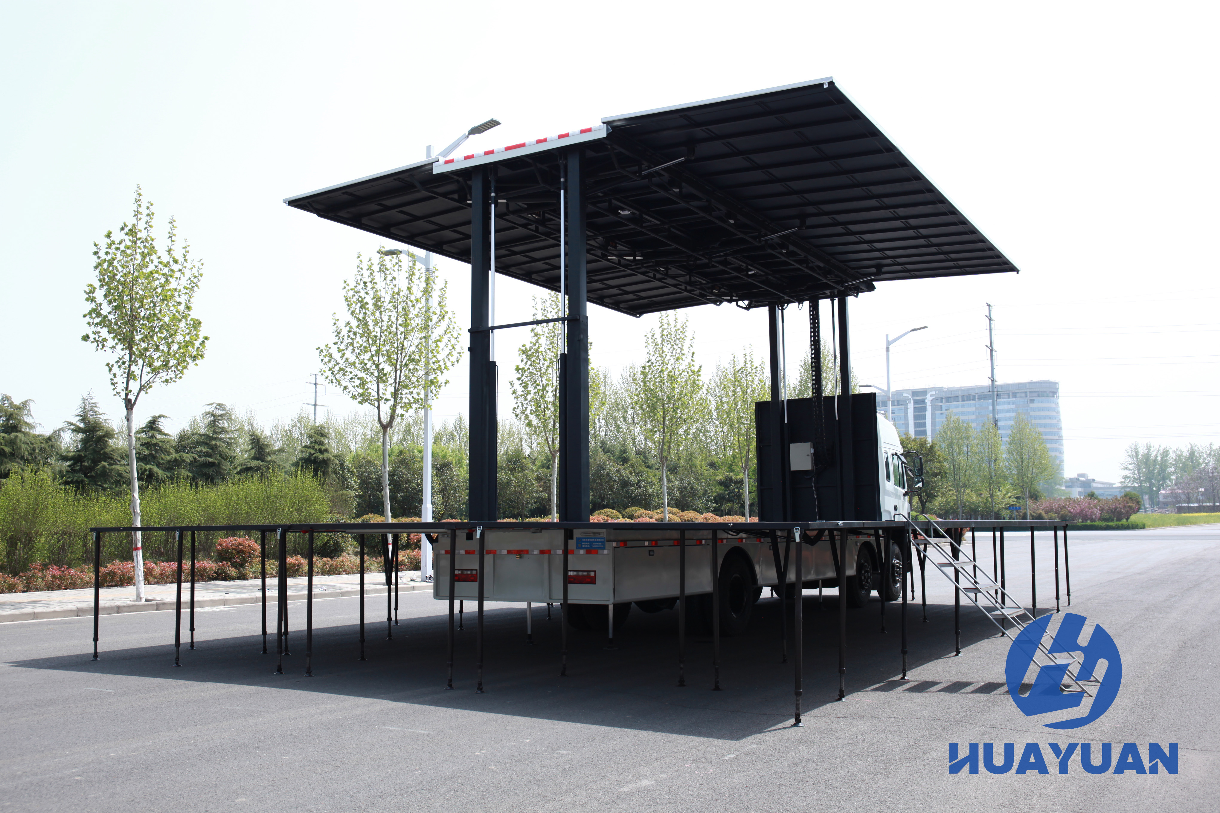 HY-stage-truck 1 (12).JPG