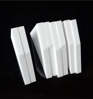 Excellent performance 99% alumina ceramic plate