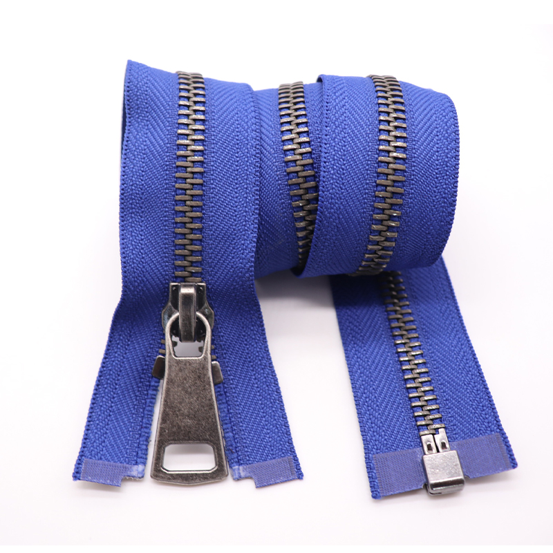 cloth metal zip high quality smooth zipper metal zipper gold #10 gunmetal zipper for clothes