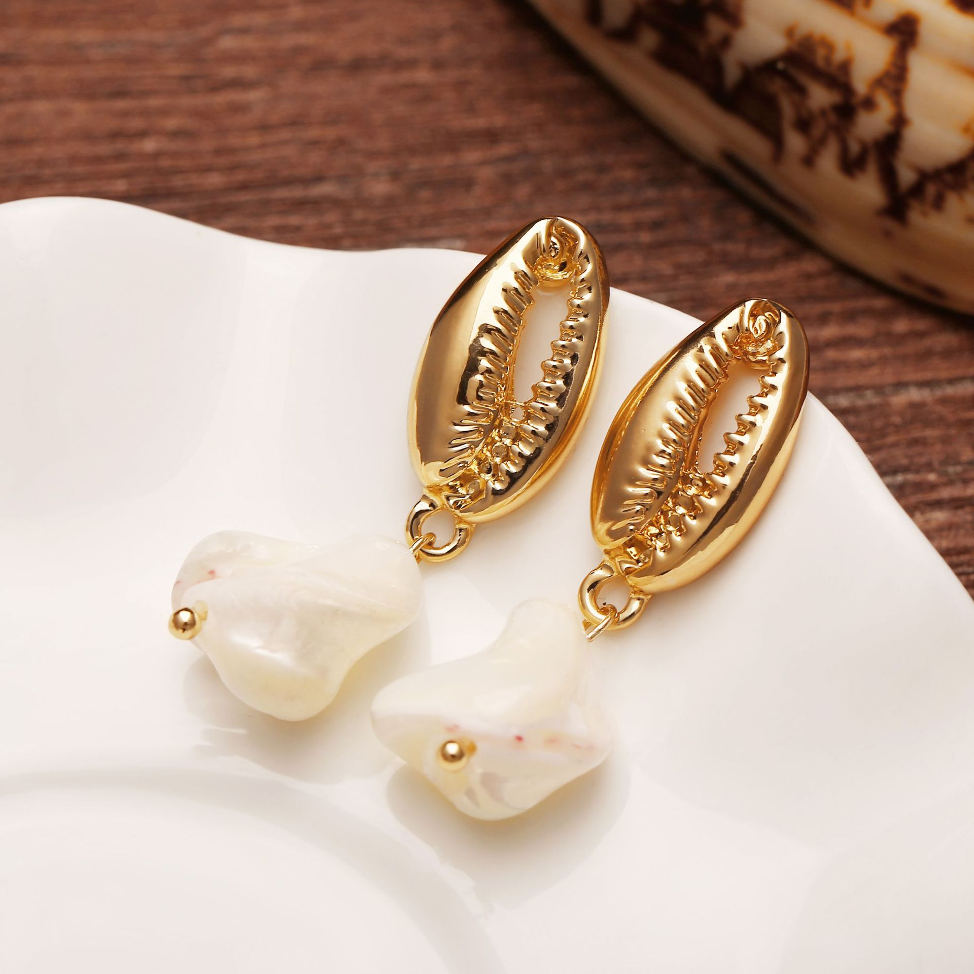 Fashion Women Alloy Pearl Trendy Jewellery Paua Shell <strong>Earrings</strong> <strong>Gold</strong> Hammered Metal <strong>Earrings</strong>