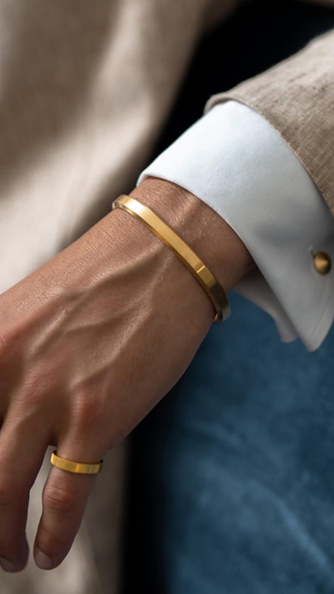 Homens pulseira de aço inoxidável feita sob encomenda do logotipo personalizado pulseiras homens pulseira de aço