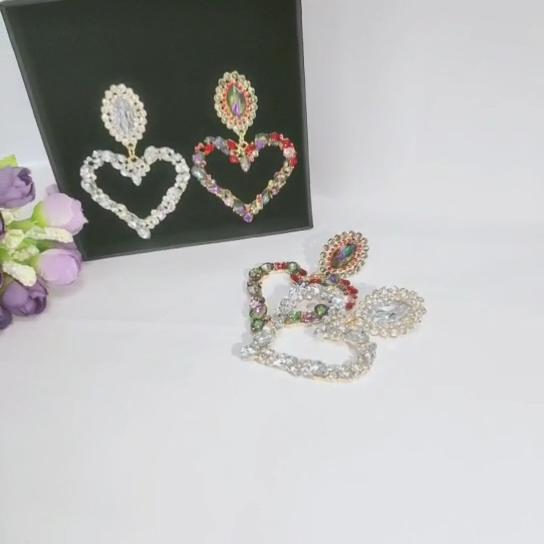 韓国のハート型合金カラフルなダイヤモンドフープイヤリングバージョン女性のためのファッションレインボーイヤリング