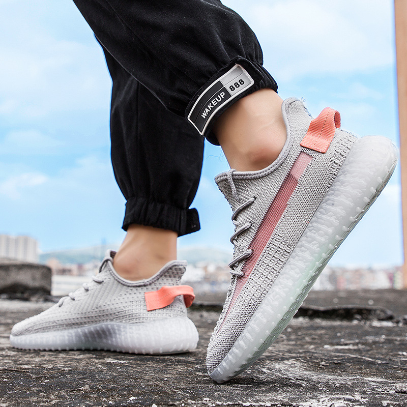 Stylish Breathable Knit Fabric Upper Men Sports Shoes