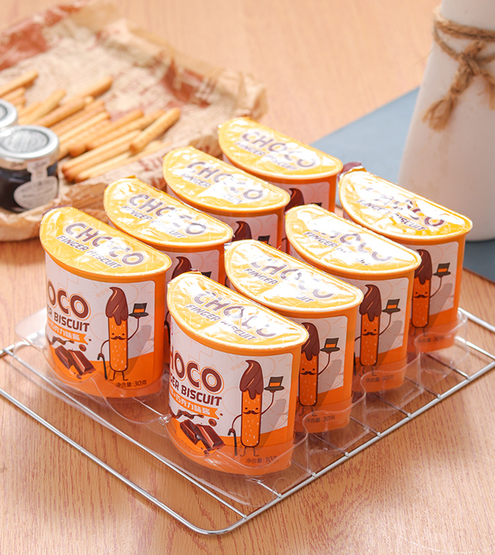 New Product Hot sale biscuit boxes salty and sweet cracker halal choco finger biscuit cup high quality chocolate biscuits