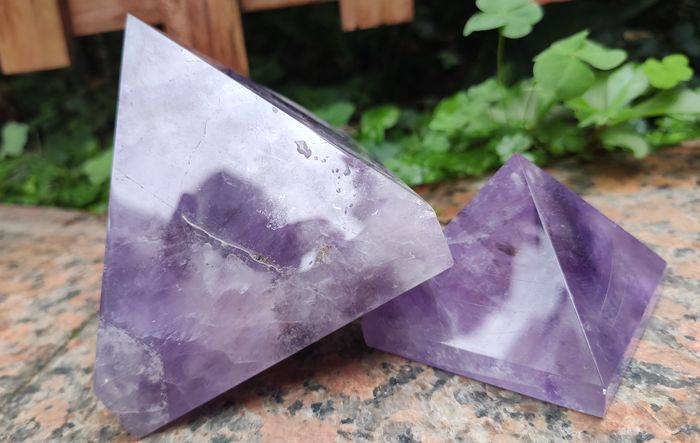 Bulk Wholesale Natural African Magic Amethyst Crystal Quartz Pyramid