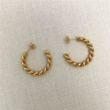 Mode frauen 30mm <span class=keywords><strong>hoop</strong></span> stud edelstahl strang ohrring twist gold überzogene <span class=keywords><strong>ohrringe</strong></span>