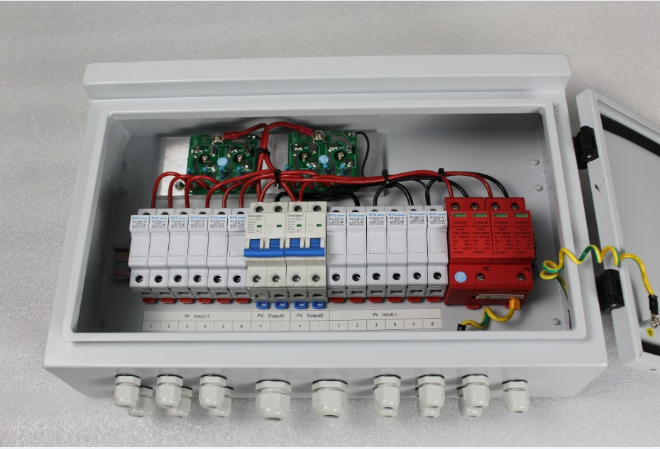 WHOLESALE PRICE   6 STRING IN 1 STRING OUT DC TO AC CONTROL BOX PV COMBINER BOX