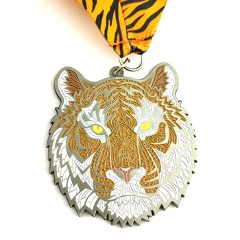 Supply cheap custom high quality zinc alloy sports metal medals ribbon medal