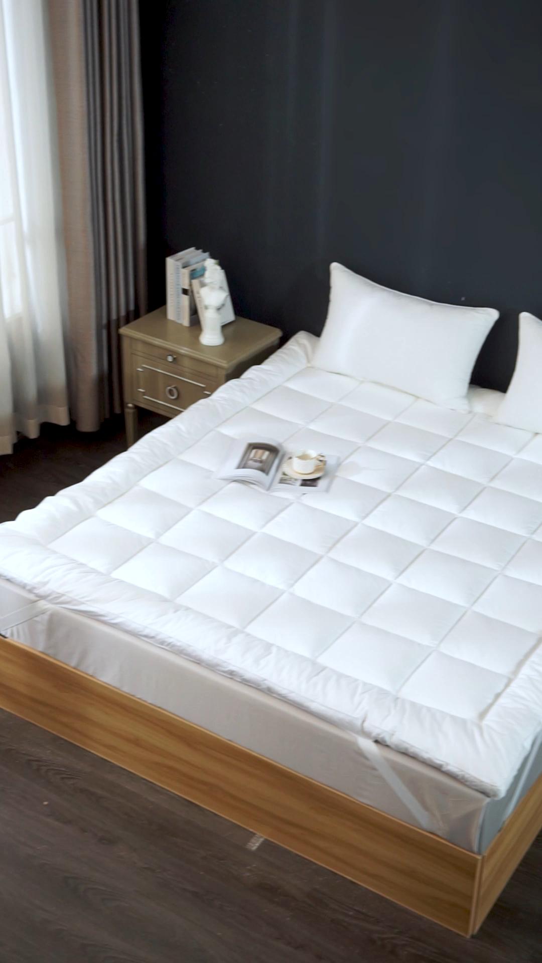 होटल गद्दा कवर निर्माता के लिए 100% कपास आराम गद्दे अव्वल होम उपयोग एंटी-स्किड गद्दा पैड