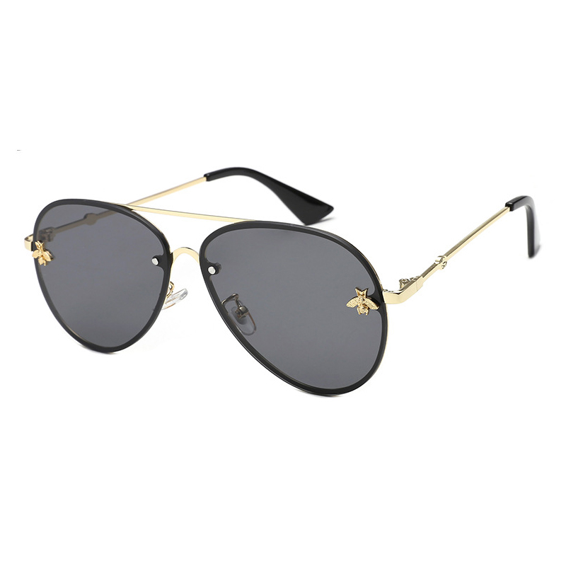 High-quality dark polarized sunglasses for business for women-5