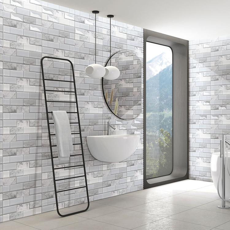 China Foshan Low Price Cheap Design Pool Mosaic Glass