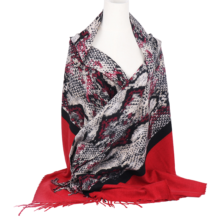 Snakeskin print scarf for cold weather women stock scarves with tassel winter warm python print scarf