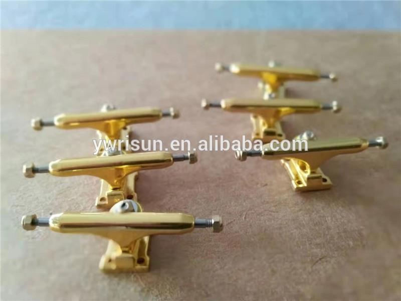 32mm Solid Fingerboard Trucks New Single Axle  32mm trucks 10 colors with Lock Nuts and Tool