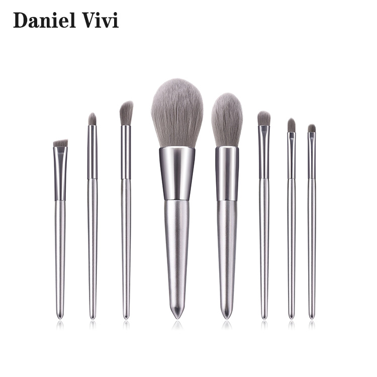 New Travel <strong>Makeup</strong> <strong>Brushes</strong> <strong>High</strong> <strong>Quality</strong> <strong>Makeup</strong> <strong>Brush</strong> Set Silver