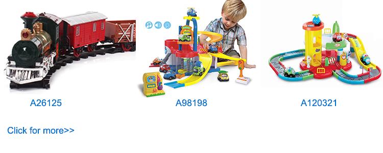 เด็กของเล่นคริสต์มาสไฟฟ้า B/O เพลงพลาสติกรถไฟของเล่นแสง