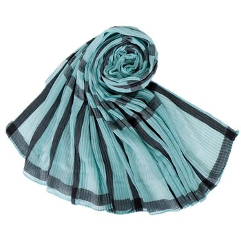 Fall/winter New Export Bali Yarn Wrinkle Ladies Scarf Indonesia Hot Grid Fabric Hijab Cotton Square Scarf