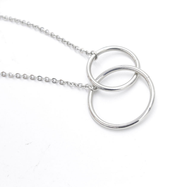 Double circle necklace2.png