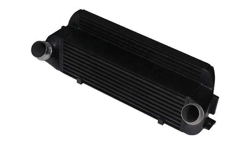 B2298 B * MW Intercooler עבור 135i 335i 435i M235i Z4 עם N20 N55 N54 מנוע E82 E88 E90 E92 f20 F32 F22 מארז n20 bm * w