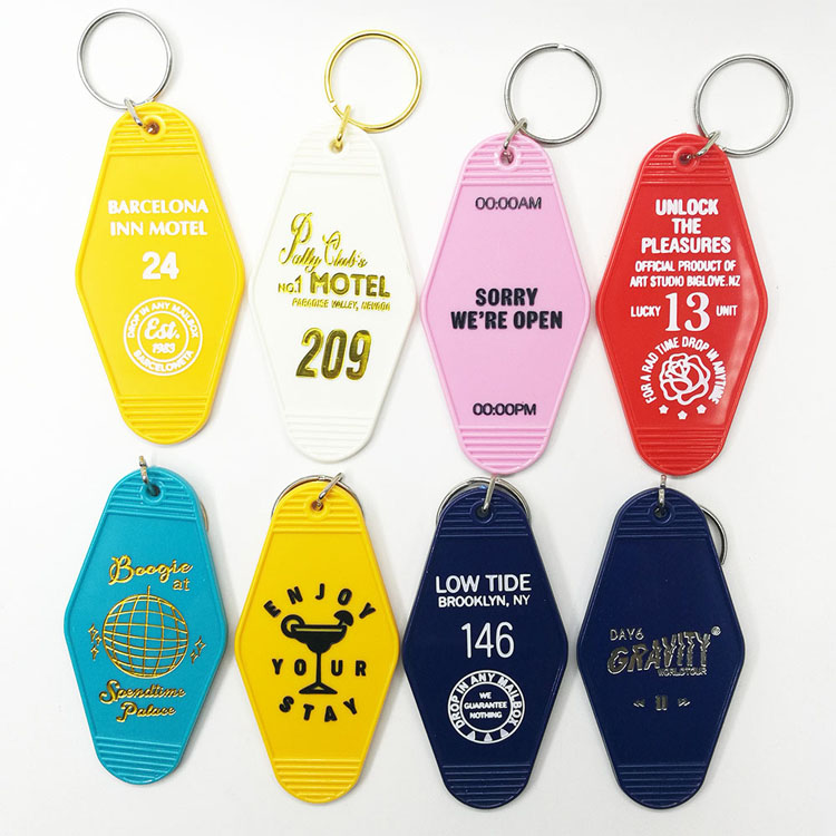3-hotel keychain