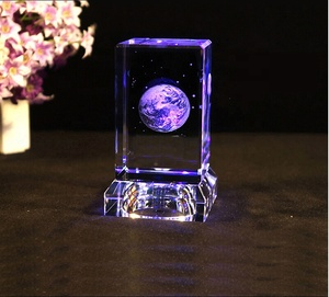 MH-F0093 high quality crystal 3d laser cube with led/3d laser crystal cube/3d laser engraved crystal cube