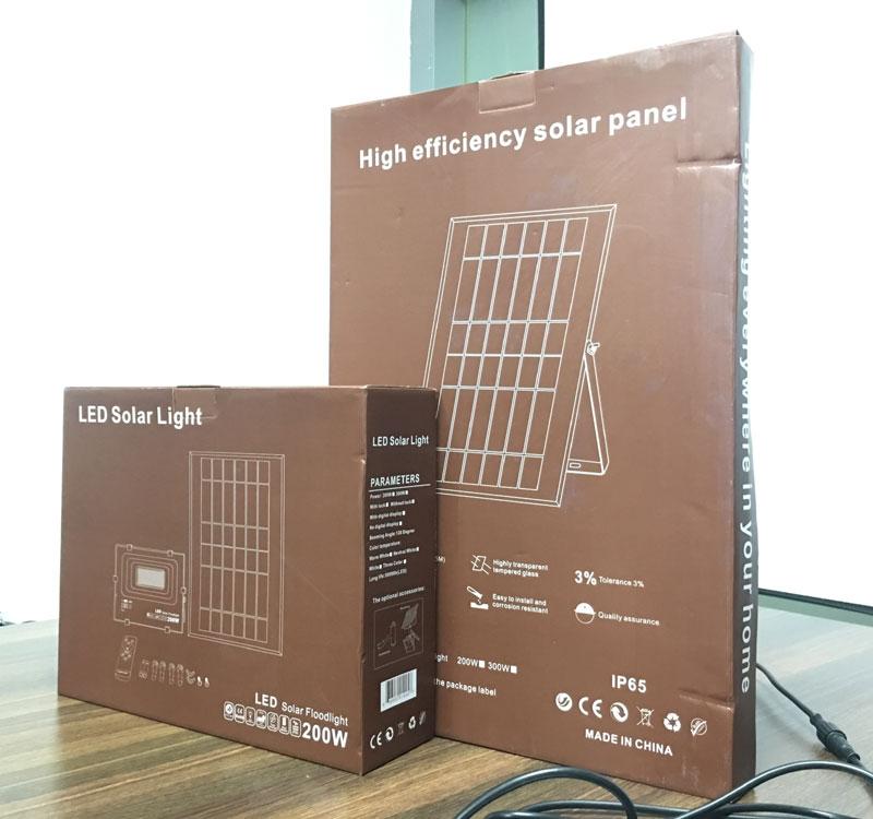 Высокая яркость IP66 наружный Высокий люмен 12000lm светодиодный солнечный прожектор садовый свет 30 Вт 50 Вт 100 Вт 120 Вт 150 Вт 200 Вт 300 Вт Солнечный светодиодный свет