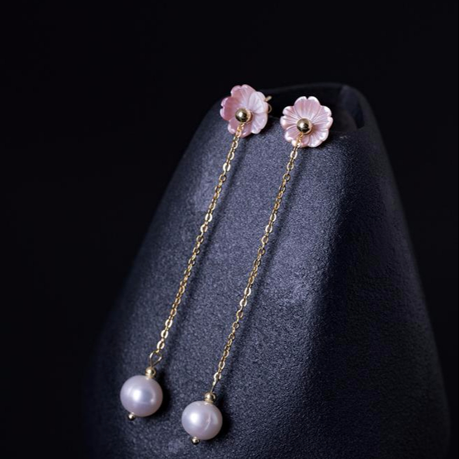 Small Natural Pink Shell <strong>Flower</strong> <strong>earrings</strong> for women 2019 925 sterling silver jewelry pearl <strong>earrings</strong> Korean Aretes stud <strong>earring</strong>