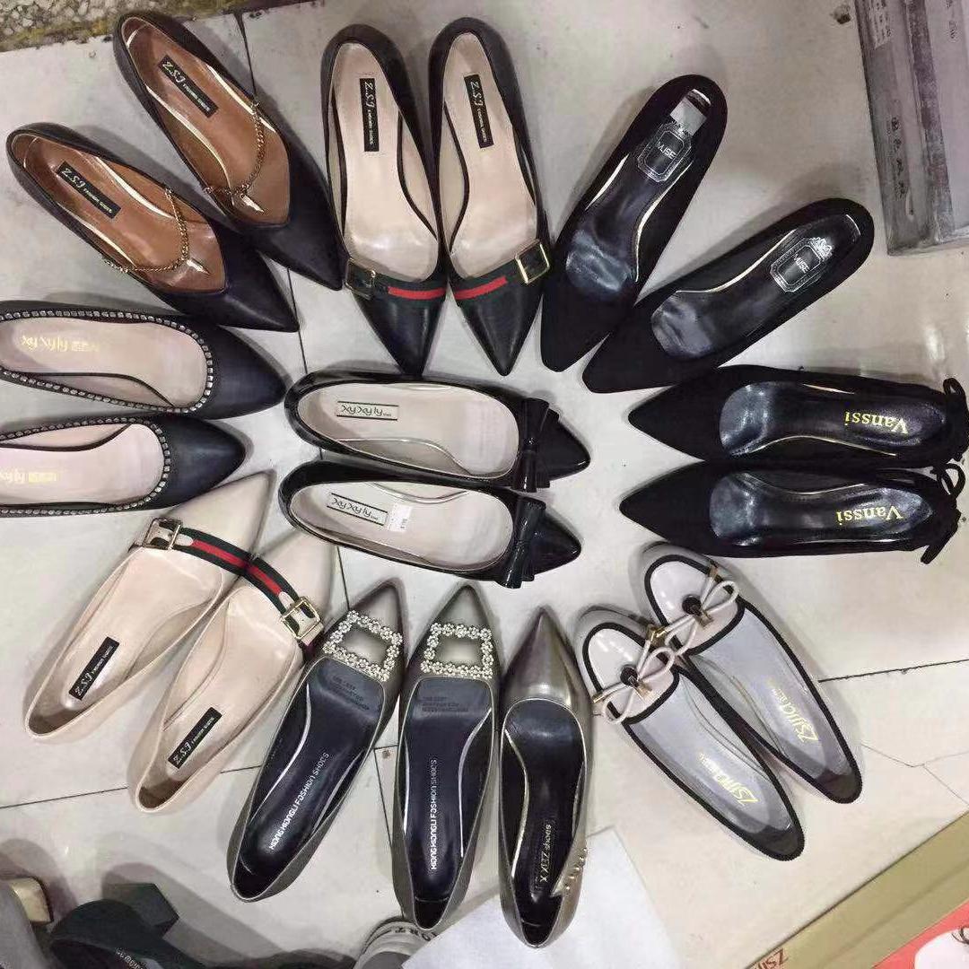 Directo de fábrica mucho de deportes zapatos