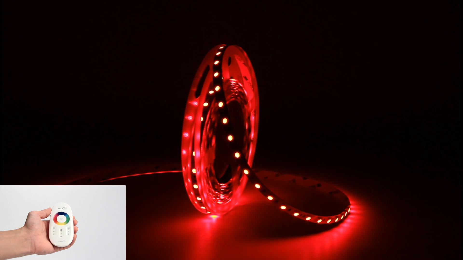Flessibile 5050 RGB Impermeabile tiras fita cinta luces LED Luci di Striscia 5m 12v bande di trasporto RGB Ha Condotto La Luce di Striscia