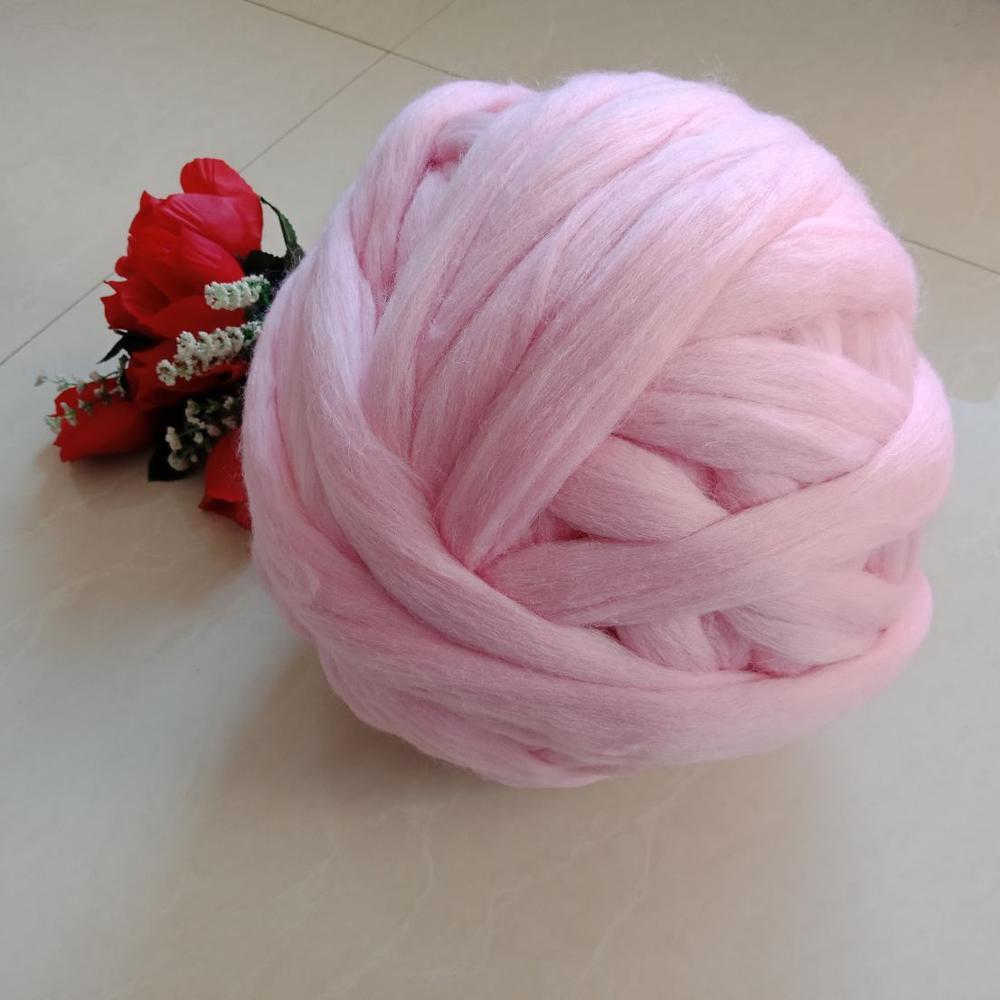 Aliexpress Free samples cheap thick Australia 100% Merino Wool Bulky Yarn 100 colors Super Chunky Giant Yarn For Arm Knitting