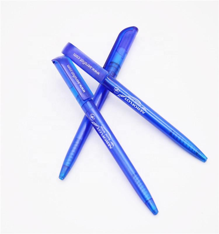 प्रचार सस्ते प्लास्टिक ब्लू रूस एयरलाइंस मोड़ ballpoint कलम के साथ कस्टम लोगो