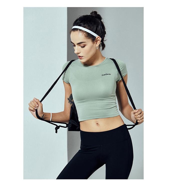 Custom Yoga Wear Women Sport Top Yoga Wear Women Custom Logo Sports Fitness Clothing Women With High Quality