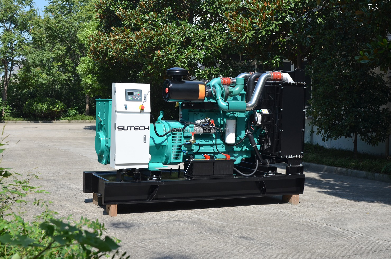 7/24 continuous run 160kw generator set powered by engine 6CTAA8.3-G2 Cummins 50hz 200kva diesel generator