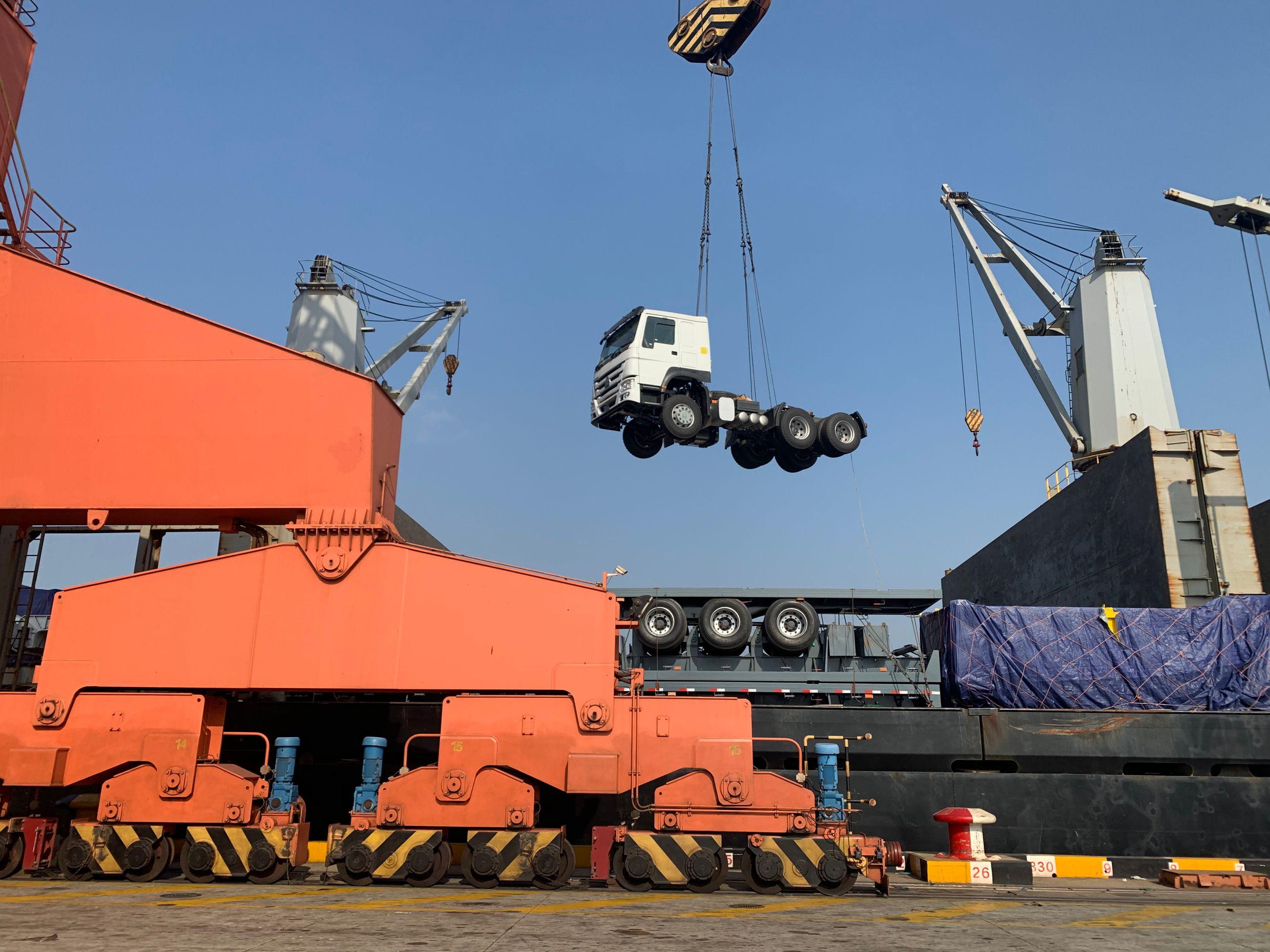 2020 Year New Used Howo Sinotruk 6x4 Price Tractor Head