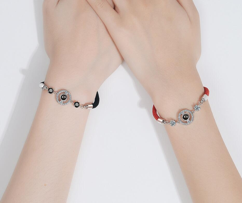30% Hors Simple en or blanc de pierres précieuses bracelet de corde rouge 100 langues projection Onyx amour mémoire bracelets en or 14k bijoux