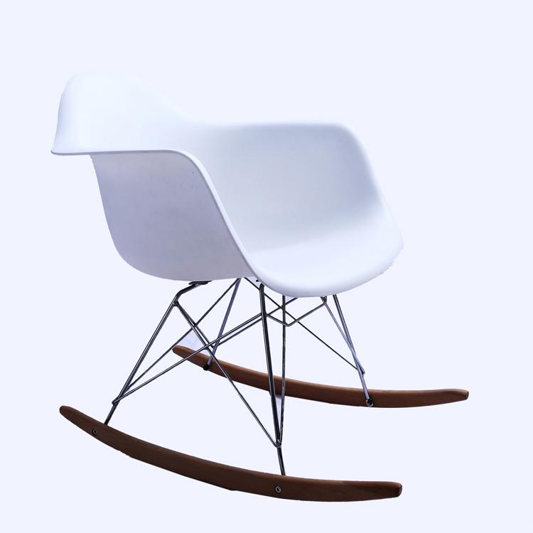 Venta al por mayor, barato, de china, de muebles Blanco/Luxemburgo dos plazas patio Columpio de jardín sillas de plástico silla de jardín