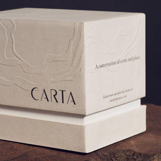 Più Nuovo di Forma Quadrata di Lusso Oro Foglio di Cartone Candela Kraft di Carta di Candela Disegno della Scatola Con Coperchio E EVA Inserire