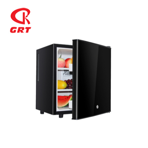 GRT-BC30C 30L Hotel Use Mini Fridge with Solid Door