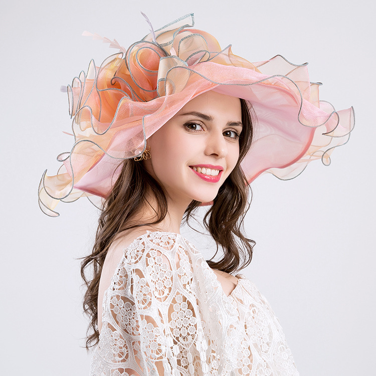 2019 new women's summer fashion hat dinner big flower yarn beach sun hat