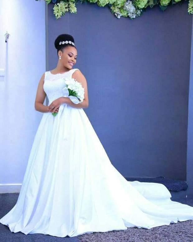 High Neck Sweep Train Satin Wedding Dress Simple Bridal Gown Robe De Mariage