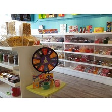 Wand montieren candy snack display bin rack dessert lebensmittel <span class=keywords><strong>schokolade</strong></span> brunnen kioske cafe shop