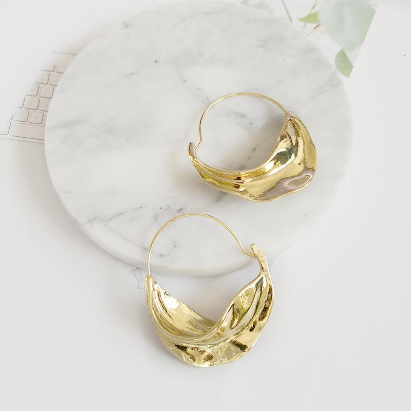 Hyperbole Irregular Leaf Metal Large Hoop Earrings for Women Bijoux Oversized Big Hoop Earrings Statement Earrings, Gold/silver