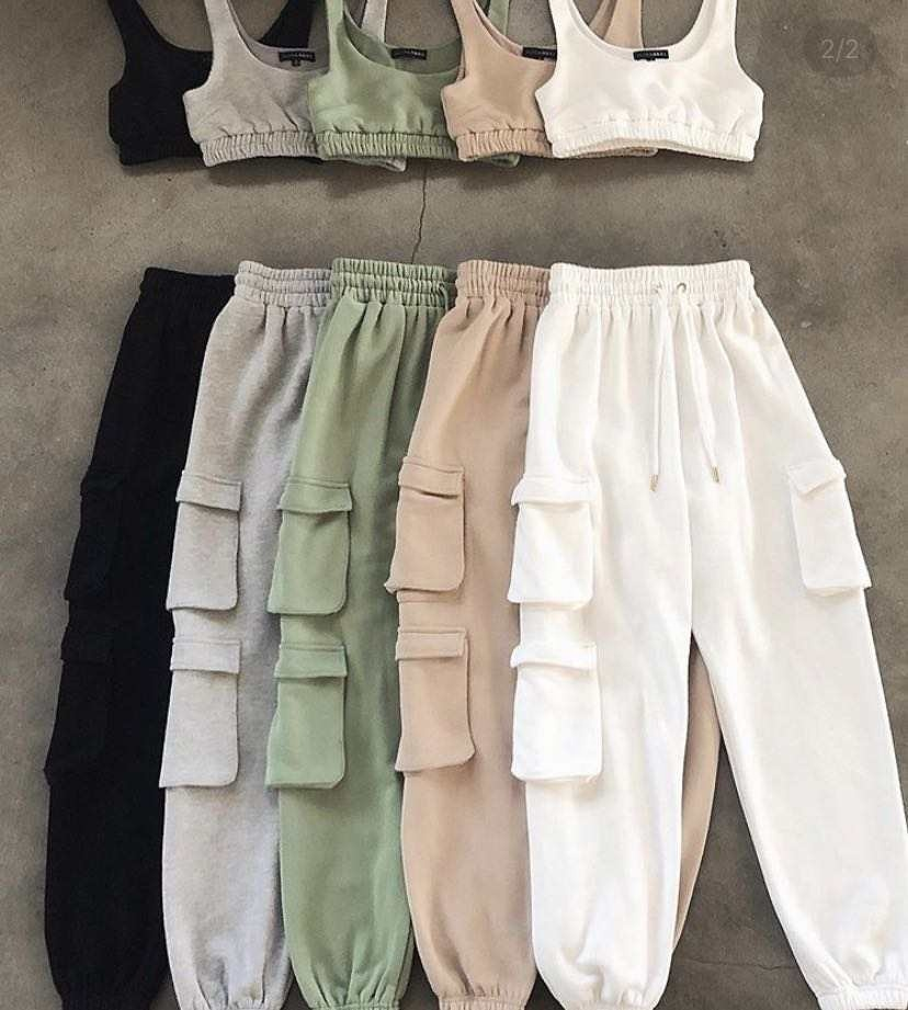 Custom logo knit two piece set women clothing jogger with pockets and crop top vest set
