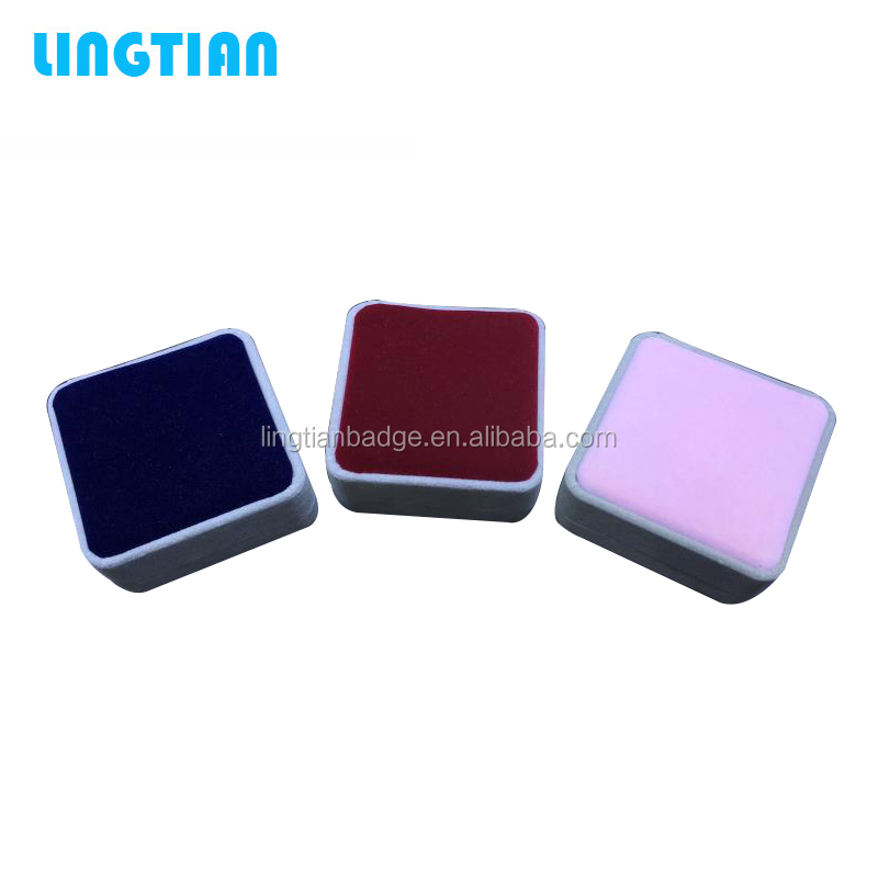 Fashionable hot sales custom debossed logo display velvet box/jewellery storage box velvet gift box