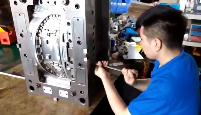 מקצועי הזרקת עובש ייצור פלסטיק הזרקת עובש ביצוע