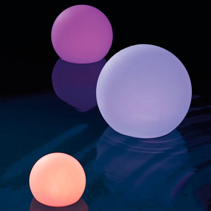 ऊपर प्रकाश का नेतृत्व किया ओर्ब 16RGB रंग बदलने रिमोट कंट्रोल द्वारा बाहर निविड़ अंधकार अस्थायी गेंद प्रकाश