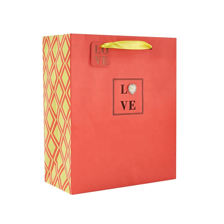 Wholesale Red Heart Attachment Paper Shopping Bag, Luxury Custom Printing Paper Gift Bag with Handle