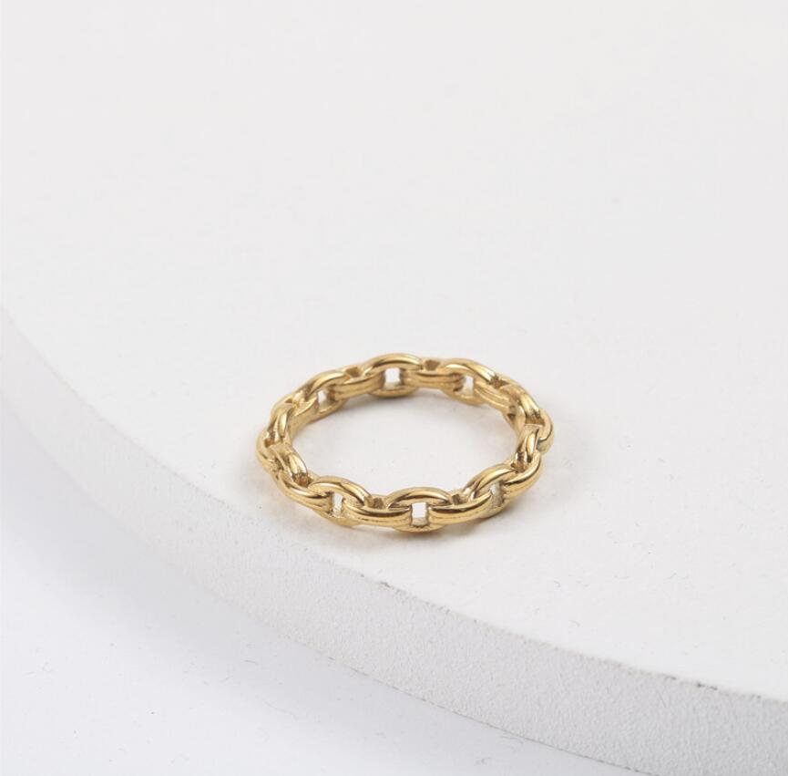 Stainless Steel Minimal Jewelry Interlocking Stackable Band Eternity Link Chain Ring Women Gold Stainless steel Ring Chain