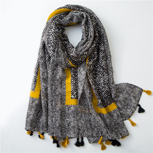 Hot Sale printed abstract chevron scarf with multi tassels fashion hijab soft scarf shawl for women