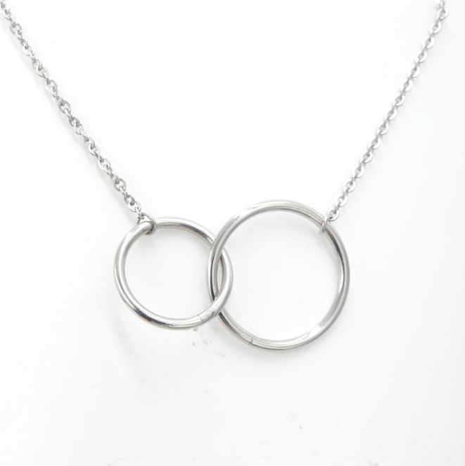 Double circle necklace1.png