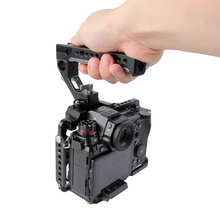 High precision CNC DSLR rigs, camera cage with 1/4 &3/8 threads and quick release plate, support vertical shooting